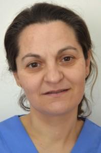 Adela Burgos Paredes - Auxiliar de Clínica